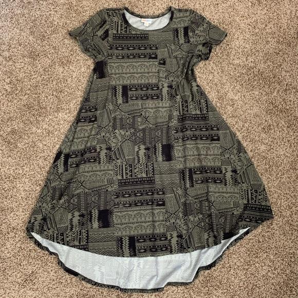 LuLaRoe Dresses & Skirts - LLR Carly Dress